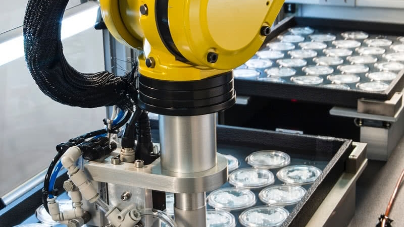 FANUC Robot Picking Coins Using Vision