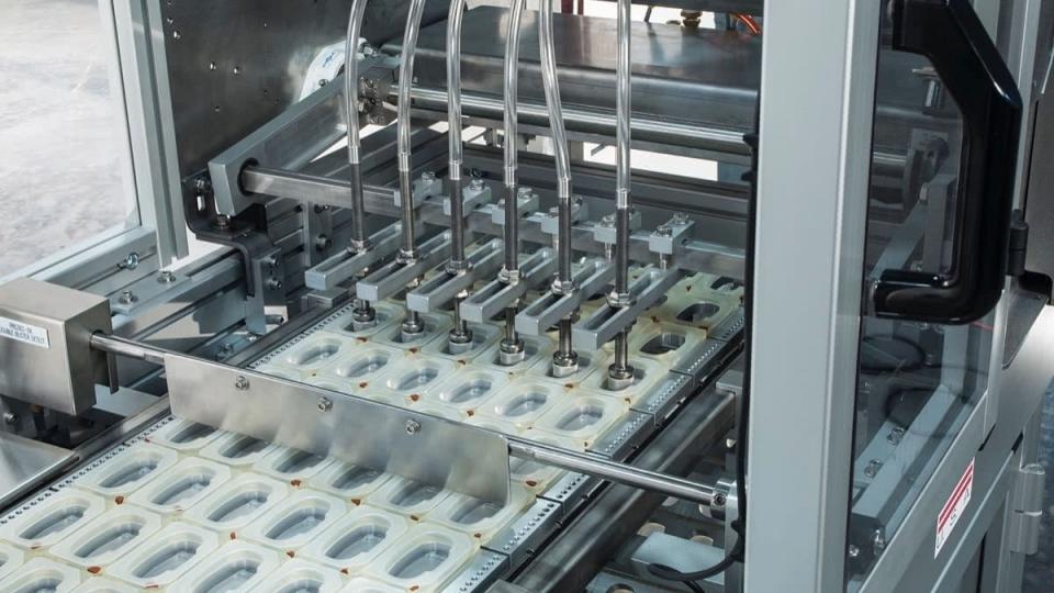 Automated Tray Denesting & Loading